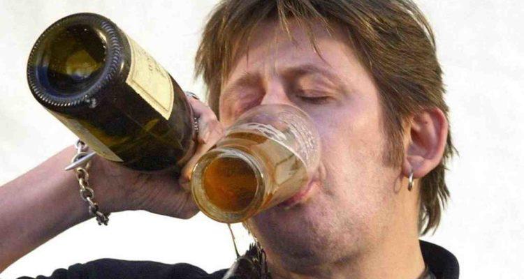 Prost! Diese Promis trinken gerne Bier