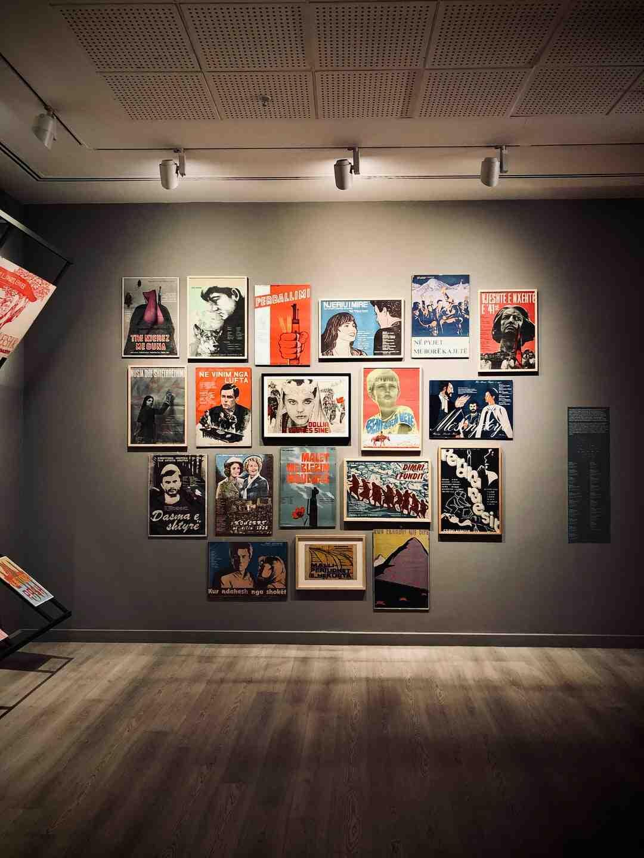 Deine Kunst in eine Galerie bekommen