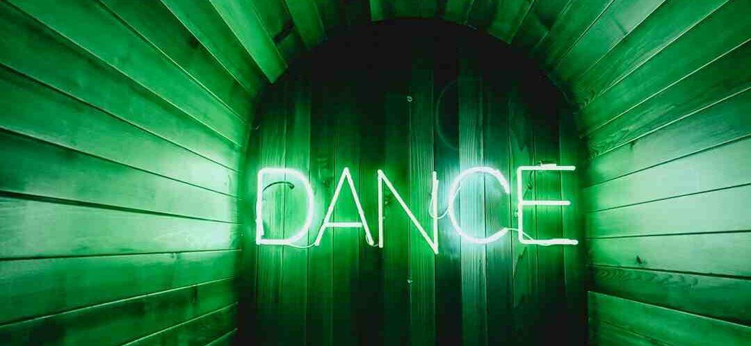 Den Floss Dance tanzen