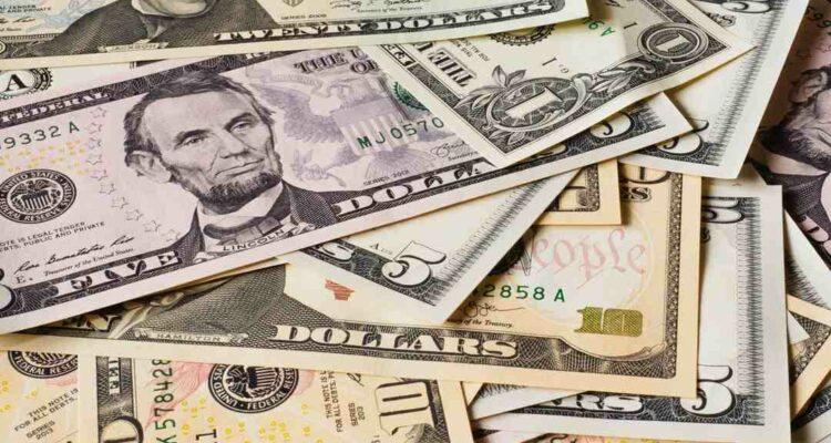 Gefälschtes amerikanisches Geld erkennen
