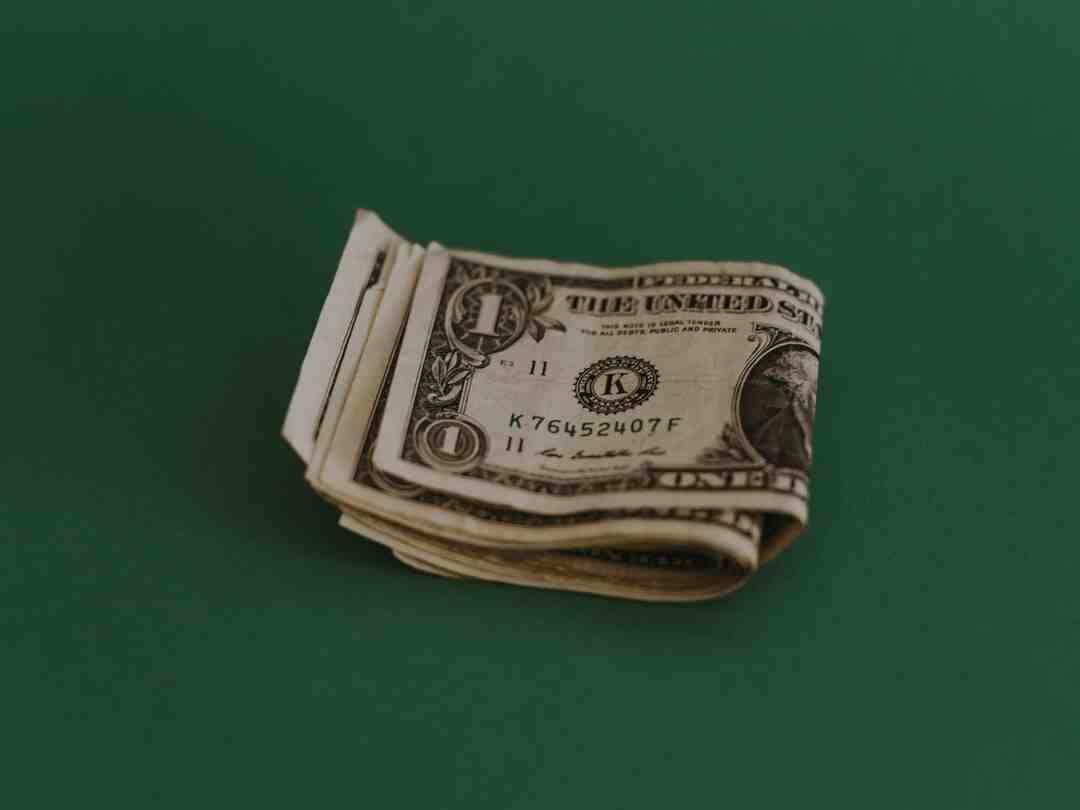Geld vom PayPal zum Bankkonto überweisen