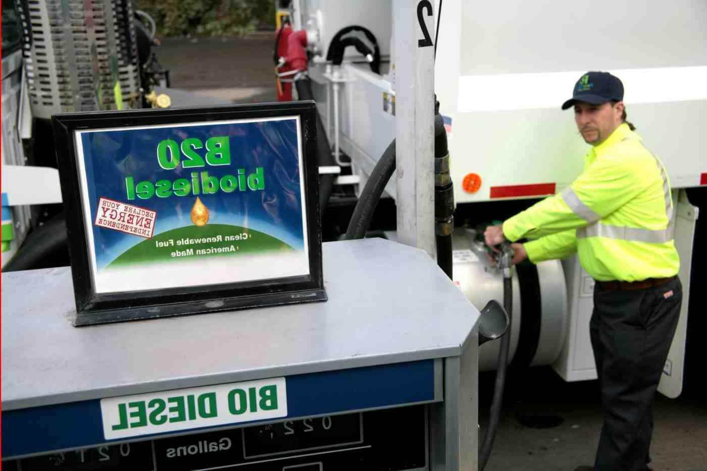 Was ist aufwendiger Benzin oder Diesel?