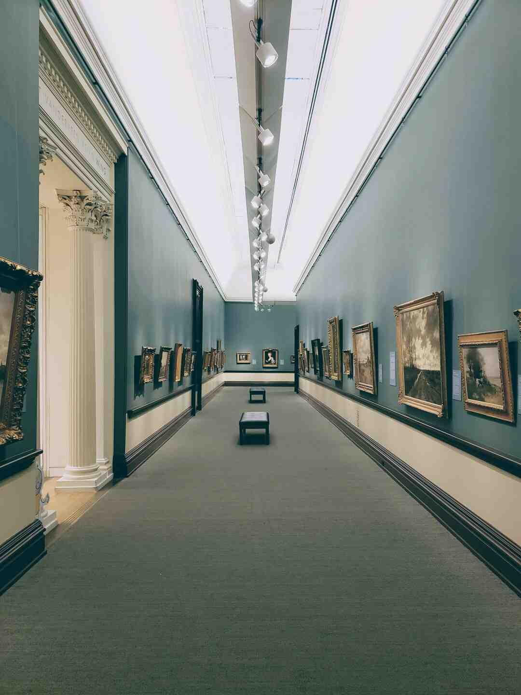 Wie bekommt man als Künstler eine Ausstellung?