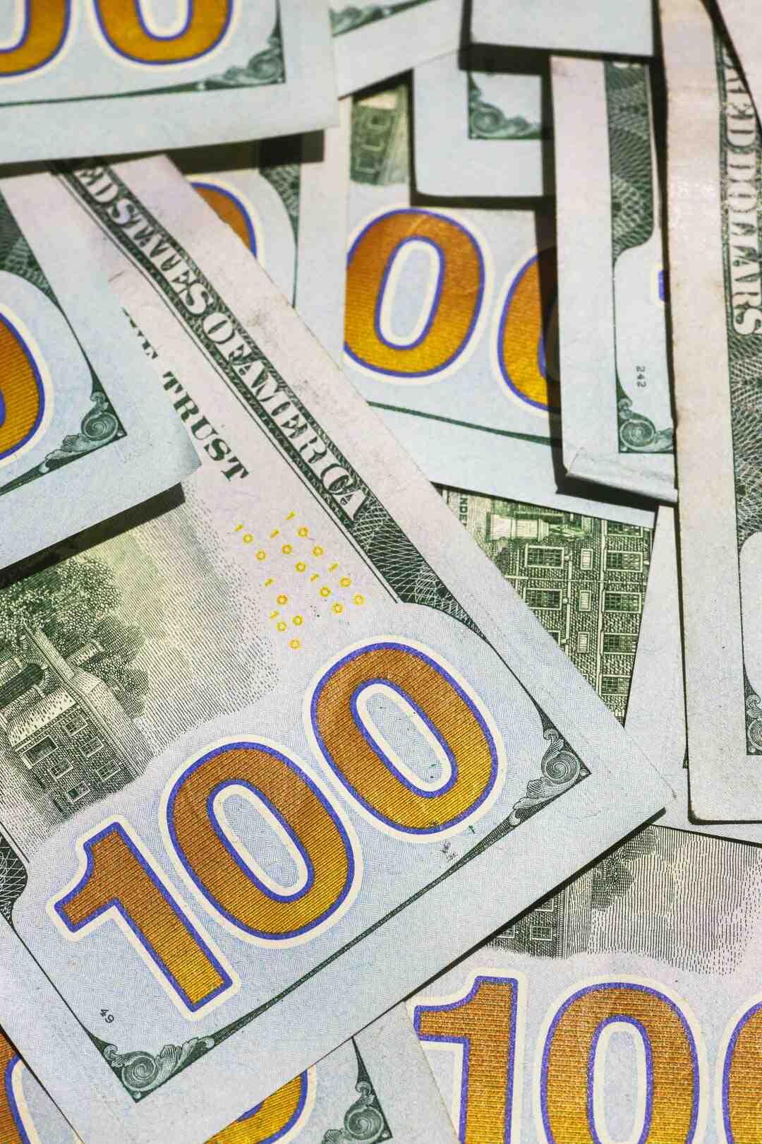 Wie viele Dollar werden gedruckt?