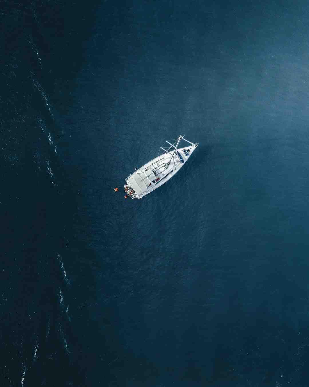 Kann ein Motorboot Kentern?